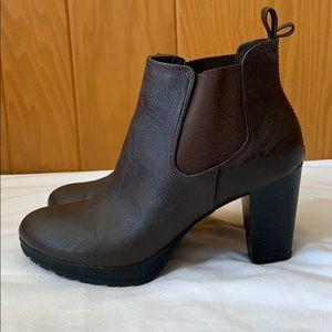 Dexflex Comfort Ankle Bootie Size 9